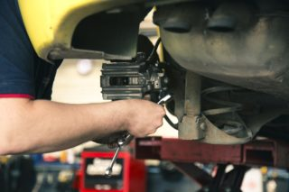 車検費用をお得に!少しの工夫で安く安心して車検を受ける方法とは?