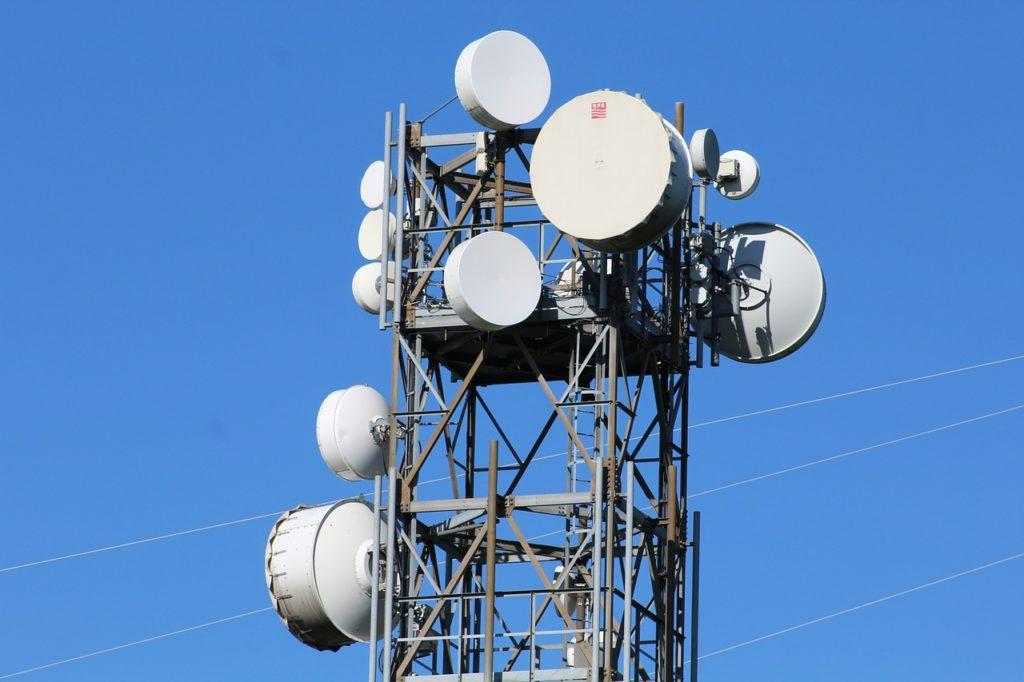 格安SIMの通信回線提供事業者を比較!